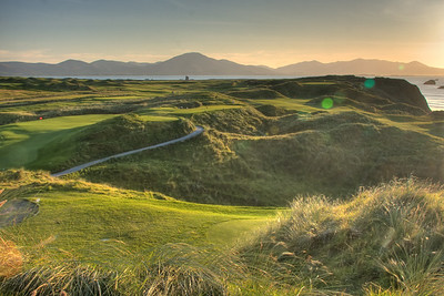 View looking south from the 14th tee box at Tralee.