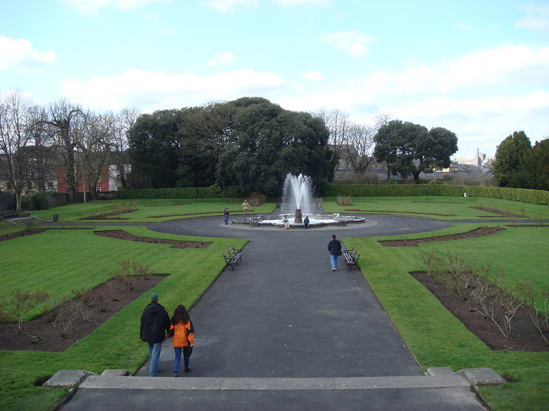 Garden outside Kilkenny Castle