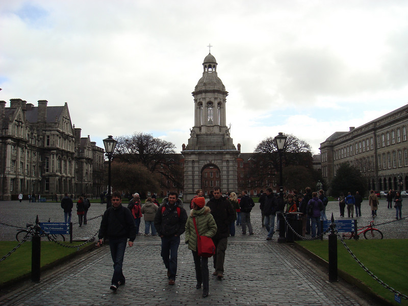 "Courtyard at <a href=""http://en.wikipedia.org/wiki/Trinity_College%2C_Dublin"">Trinity College</a>"