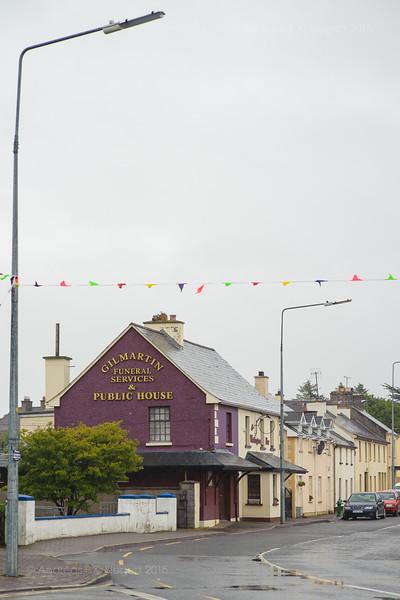Bar&Funeral Home