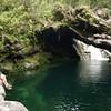 No nos atrevimos a saltar, turistas de la Isla Reunión nos dijeron que había un sifón bajo el agua