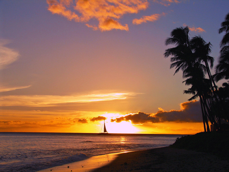Sunset on Ka'anapali Beach.