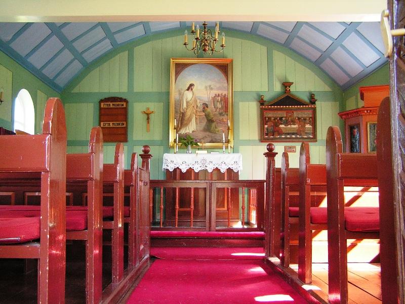 Interior de la iglesia de Pingvellir