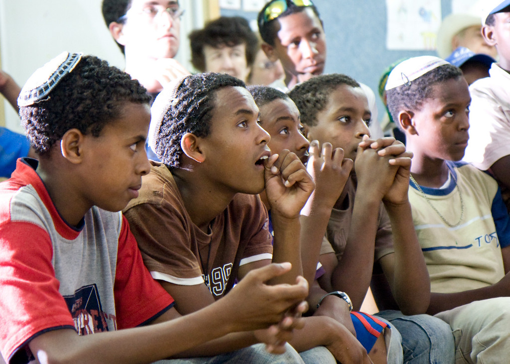 At an immigrant center for Ethiopian immigrants, the kids started to give a concert