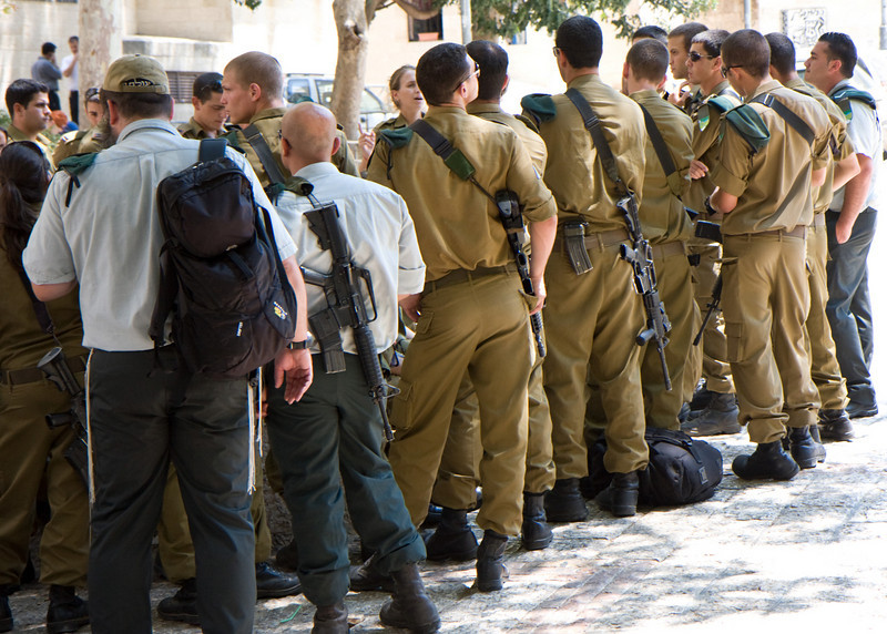soldiers in the Jewish quarter