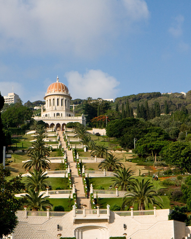 We arrived before the main tour, to see Haifa, Acco (Acre) and the upper Galilee. I spent 10th grade on an upper Galilee Kibbutz, Kfar Blum.