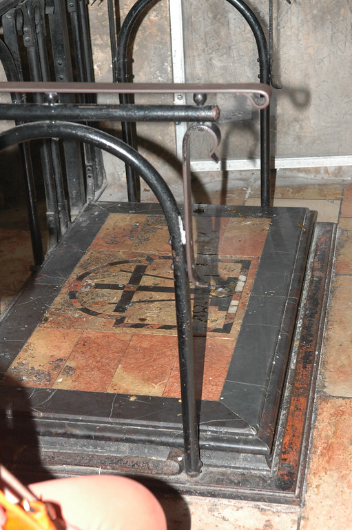 Crucifixion site, Holy Sepulcher Church, Jerusalem Old City