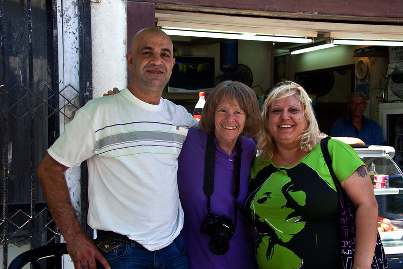 Jan with two new, rather tipsy friends.