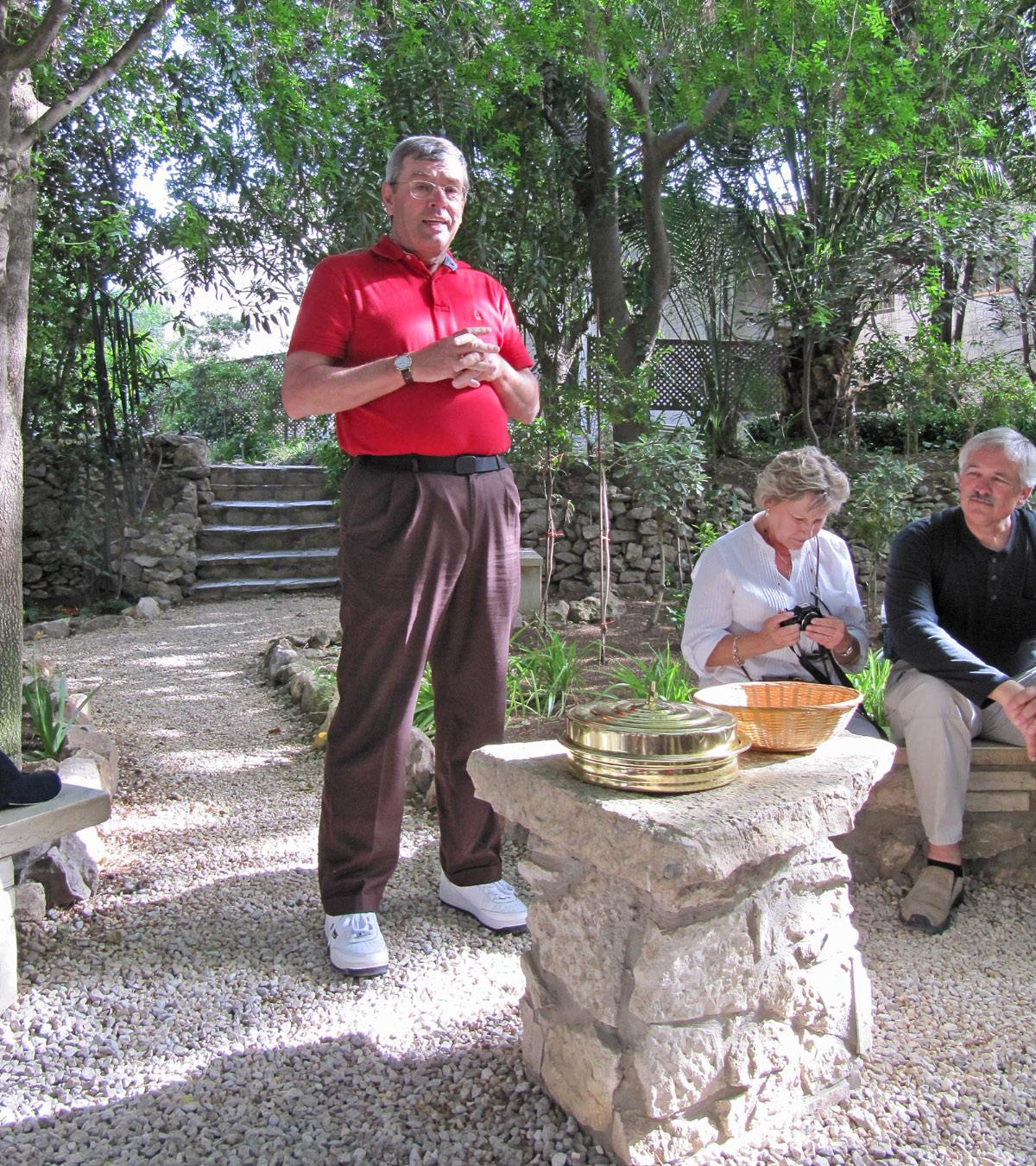 Garden Tomb - Communion Service
