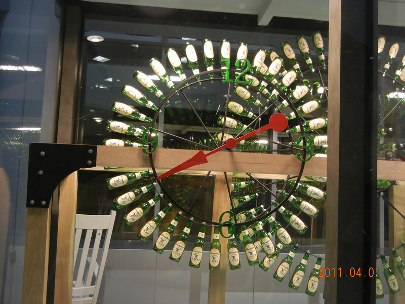 Beer Bottle Clock @ Philadelphia Airport