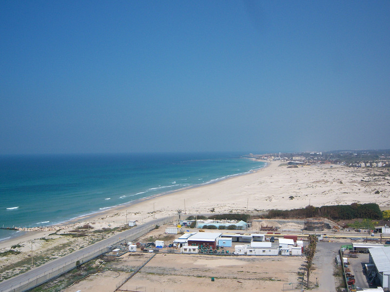 View of the beach from the top of the work deck (about 30 meters elevation).