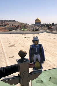 The Blue Devil in front of the Golden Dome (Dome of the Rock) in Jerusalem