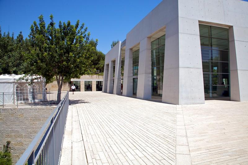 Outside the Yad Veshem vistor center and entrance.