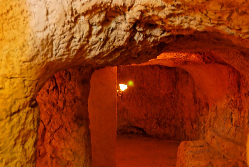 Cave subterranea onde se crê que Jesus esteve preso
