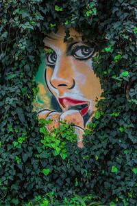 Israeli Street Art - Psst...I'm Here!