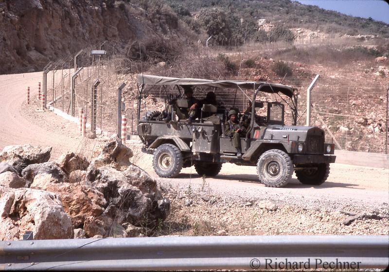 IDF patrol on the Lebonese boarder