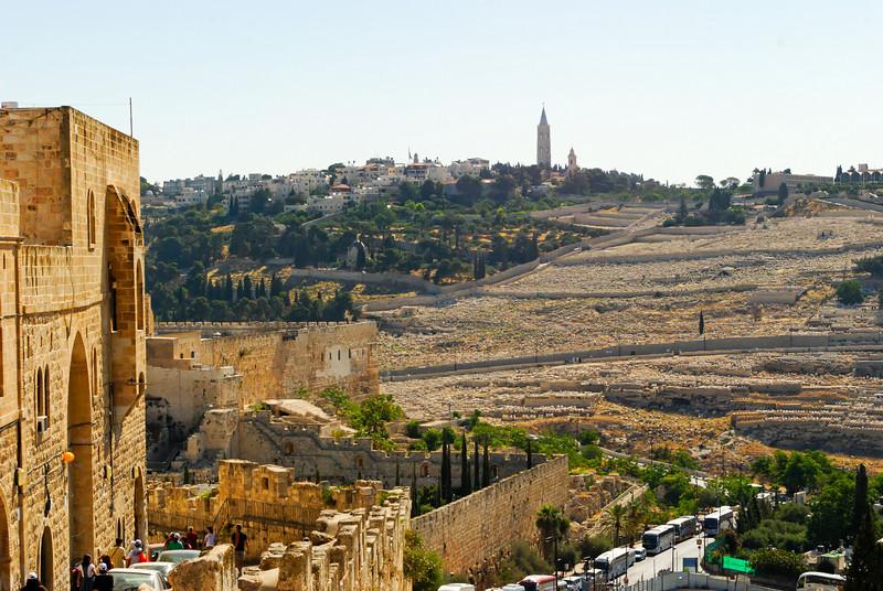 Monte das Oliveiras visto das muralhas de Jerusalém