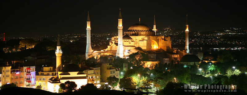 Haghia Sophia, at night