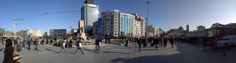 Taksim Square panorama, riot police at left.