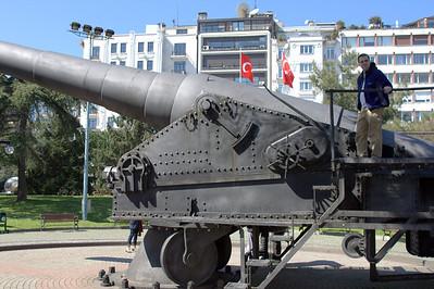 Cannon!