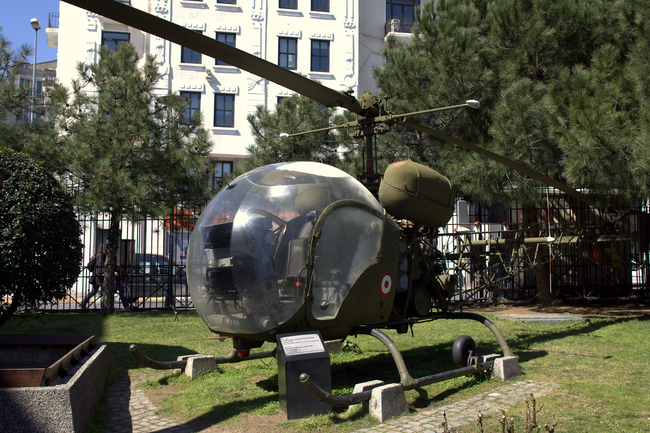 A US training/reconnisance helicopter that was given to the Turkish in the 1960s.