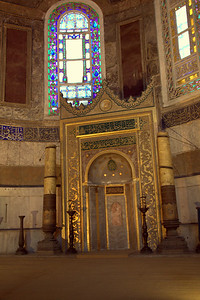 Mihrab. Offset, as Hagia Sophia was Catholic, so it wasn't built to face Mecca.