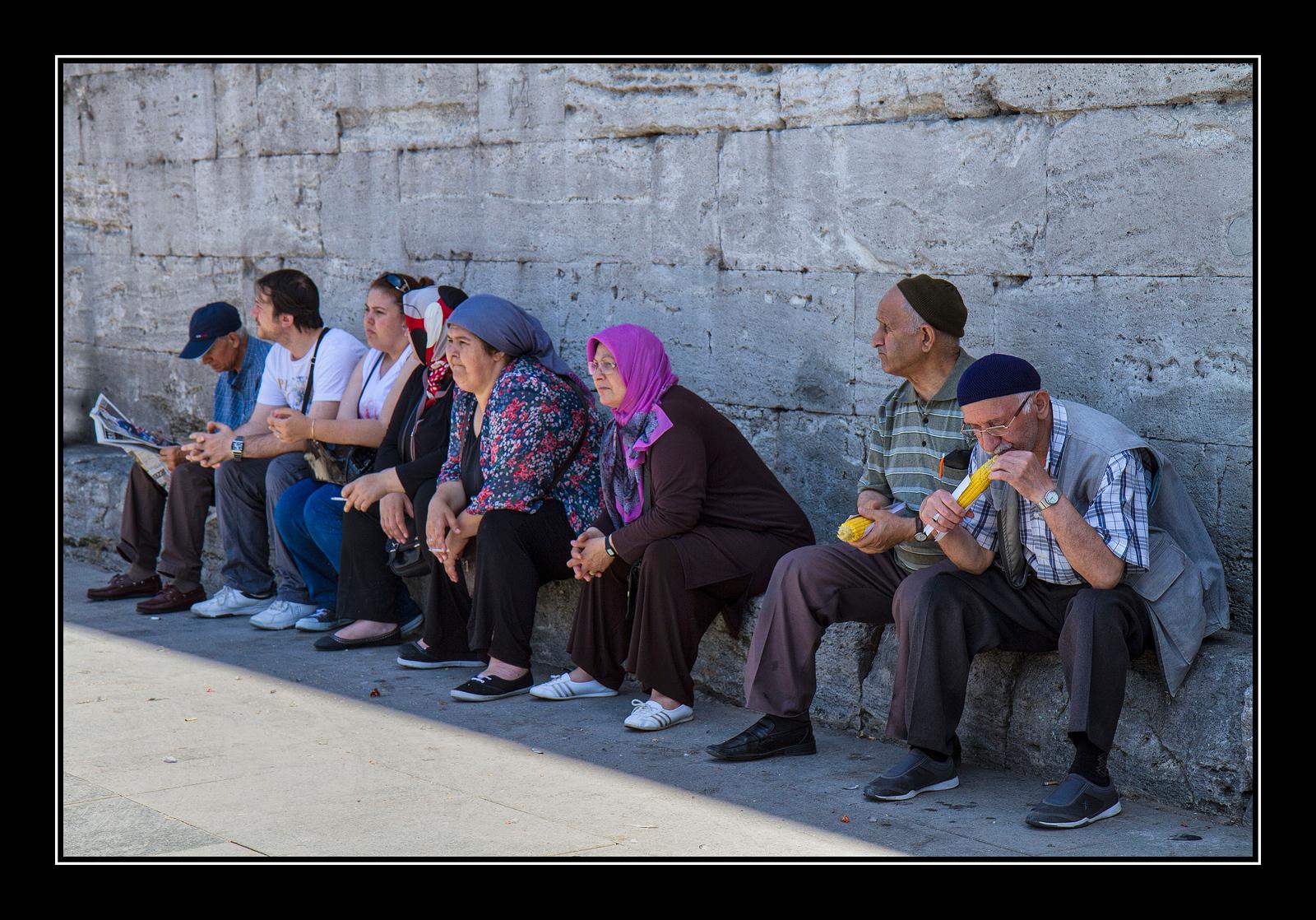 IMAGE: https://photos.smugmug.com/Travel/Istanbul/i-ZrV93DB/0/2a165483/X3/Street%20scene%2011-X3.jpg