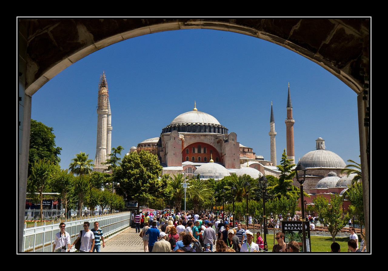 IMAGE: https://photos.smugmug.com/Travel/Istanbul/i-cN2Xfnj/0/9ee6a391/X2/Hagia%20Sphia%2009-X2.jpg