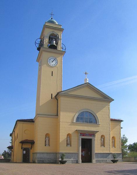 Inverigo church 2