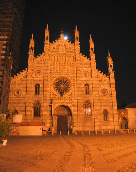 Duomo di Monza (Romanesque-Gothic Duomo of Saint John originally from 595)