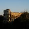 Coliseo al atardecer desde el Palatino romano