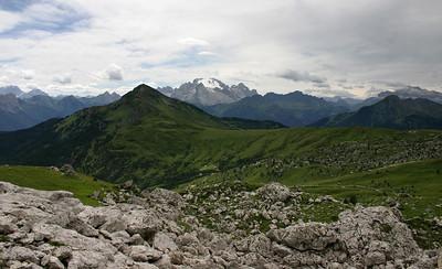 D_021 Zicht op passo di Giau en monte Marmolada