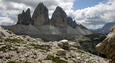 D_037 Tre Cime gezien van onder refugio Locatelli