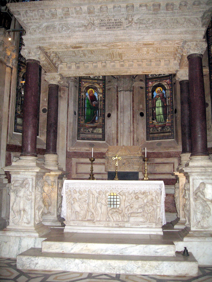 Inside the magnificant Cattedrale de san Lorenzo (St Lawrence Cathedral).  Here is said to be buried part of the remains of St. John the Baptist.