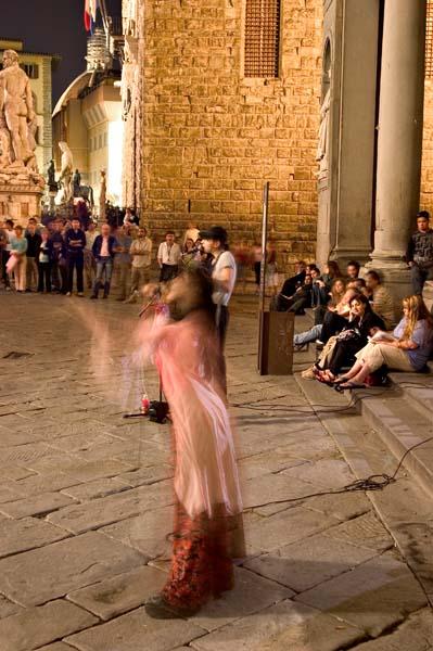 Performer-Ufizzi Piazza-2