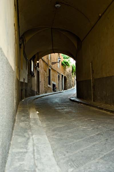 Uphill Alley