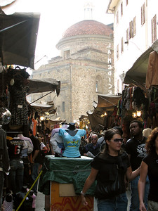 The street market in Florence, which extends from the Basilica of San Lorenzo (in the background) to the Mercato Centrale.