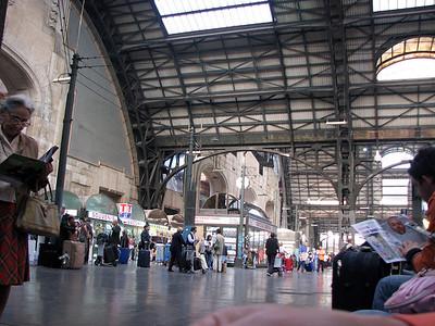 Stazione Centrale, Milan. Fascist architecture crumbles.