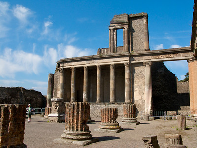 The temple at Pompeii.