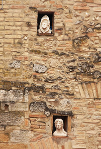 Faces in the walls, San Gimignano