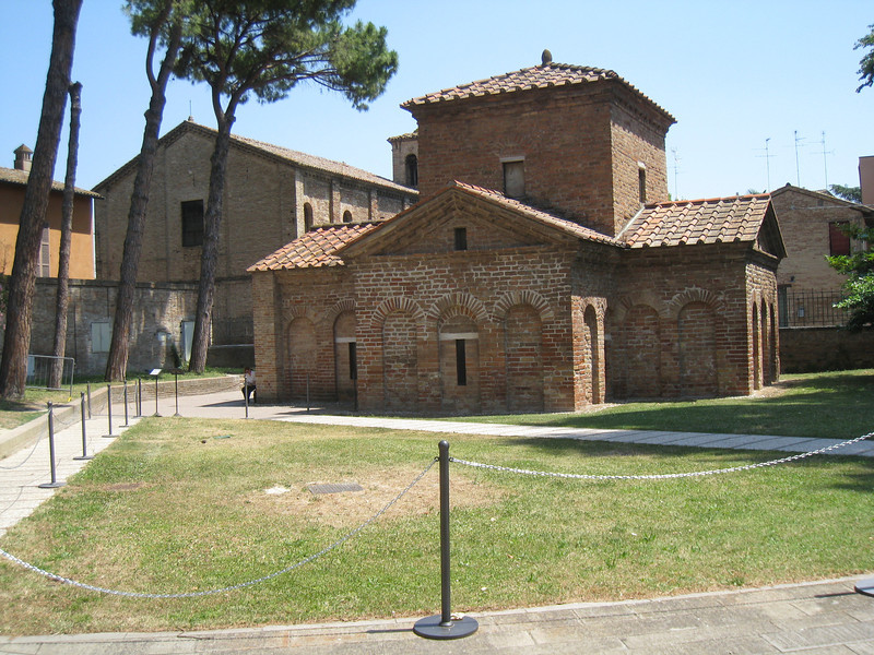 Ravenna - one of the small Chapels with Mosaics inside.