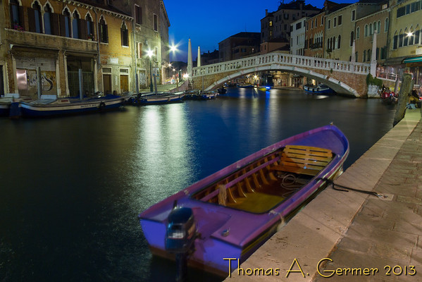 Night scene in Venice.