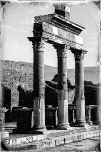 Pompeii columns.