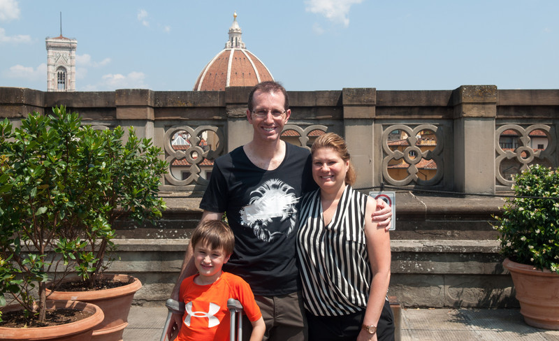 Family photo on the Ufizzi terrace
