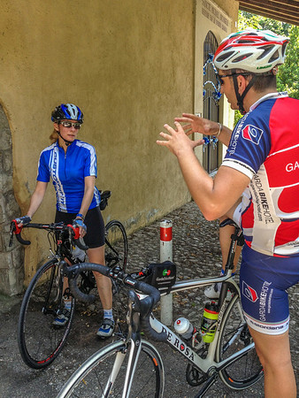 Alberto convinces Calla to fill her water bottle from a town fountain at San Michele