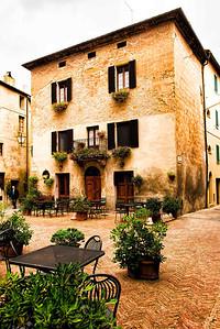 Pienza courtyard.