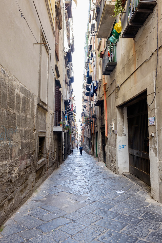 Narrow street in Naples