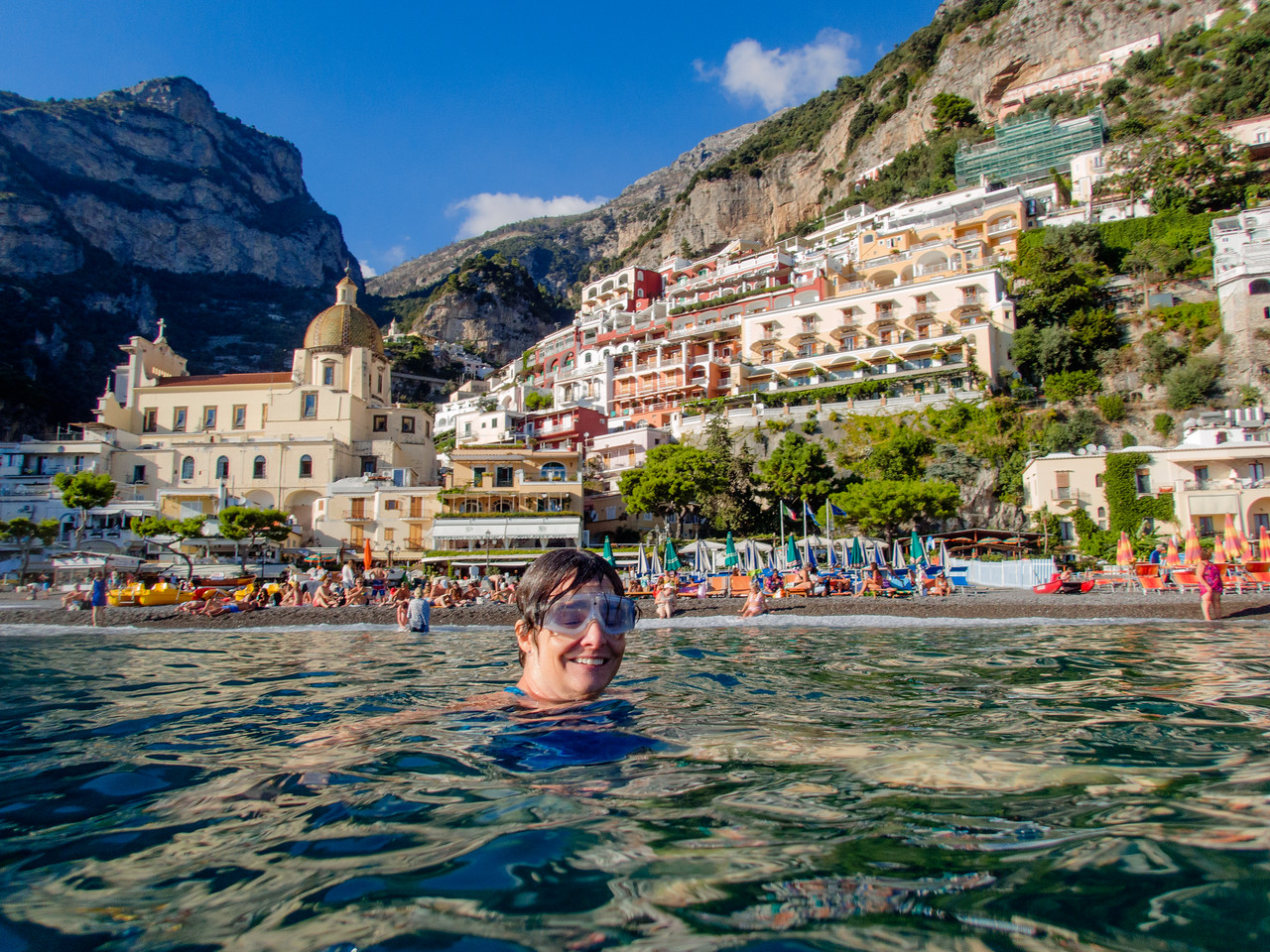 Lisa swimming in Positano.