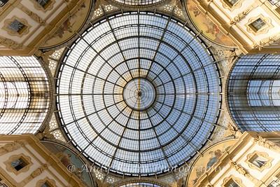 Galleria Vittorio Emmanual II, Milan Italy