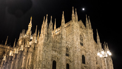 Full moon over Milan Cathedral